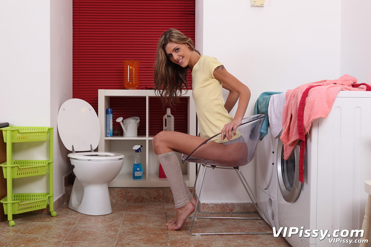 Vipissy dildo loving blondes get drenched in piss 2